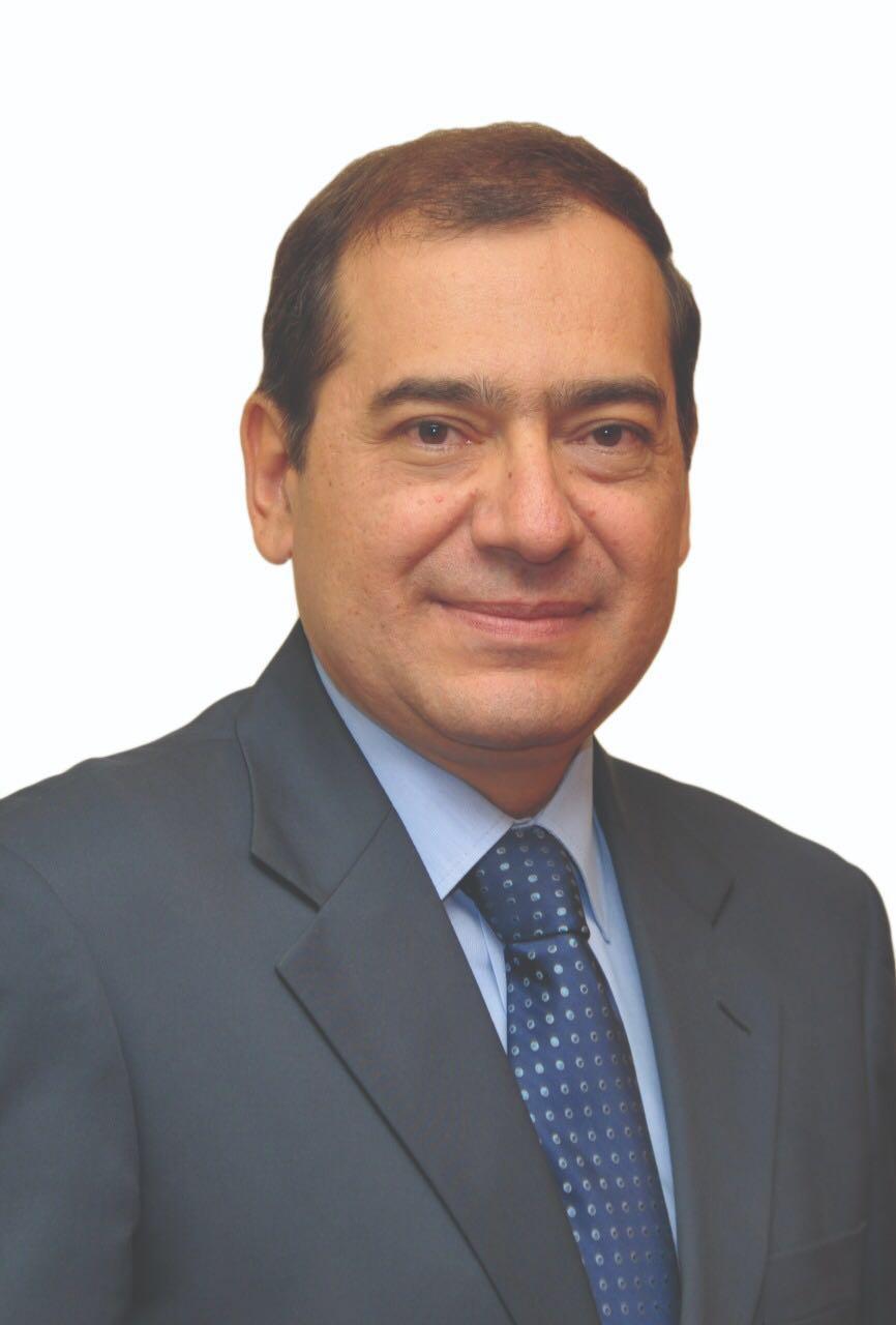 طارق الملا يبعث برقية تهنئة للسيسي بمناسبة فوزه بالانتخابات المصرية
