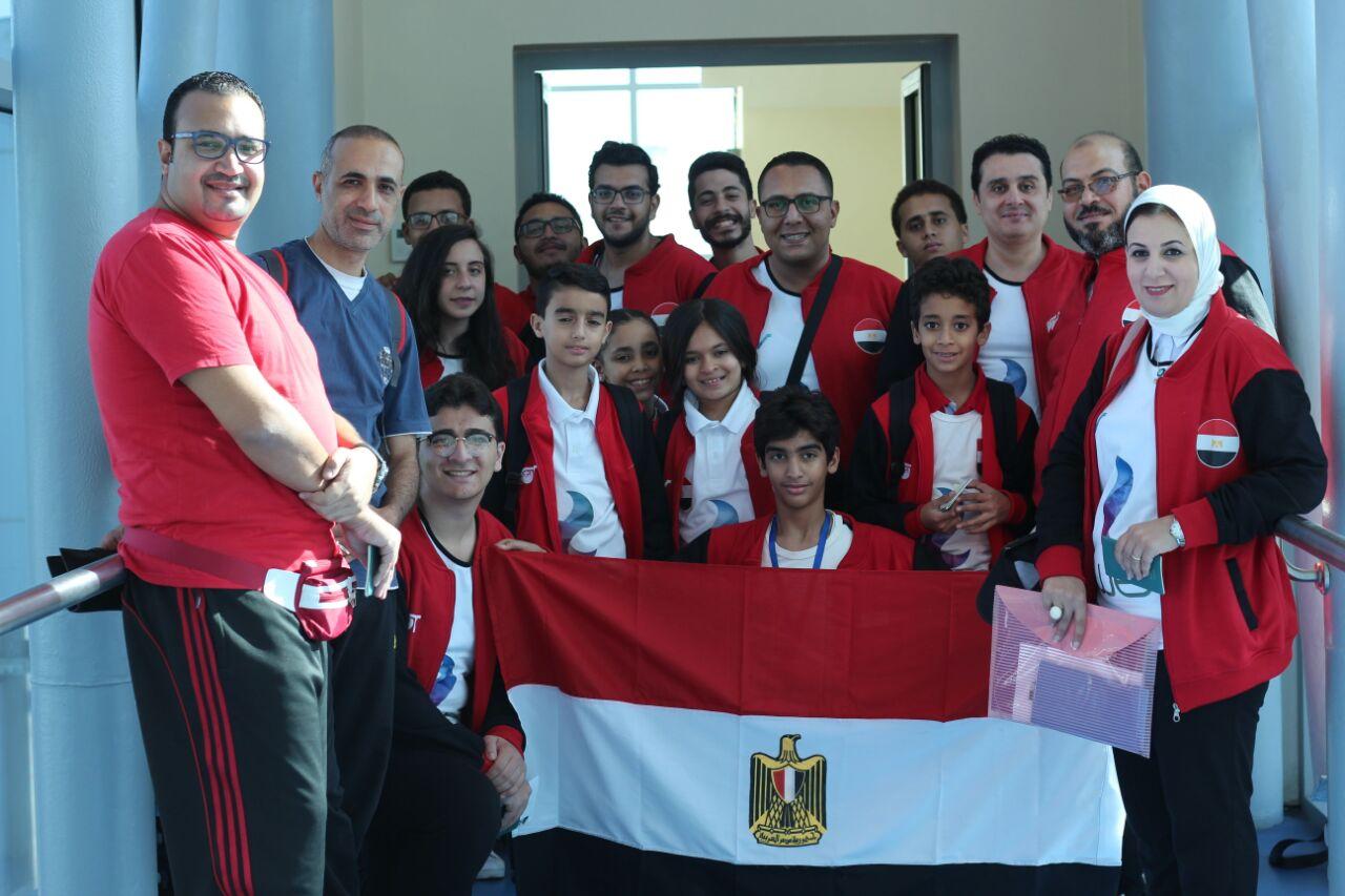 السيسي يكرم منتخب مصر للغواصات الآلية خلال المؤتمر الوطني السادس للشباب بجامعة القاهرة