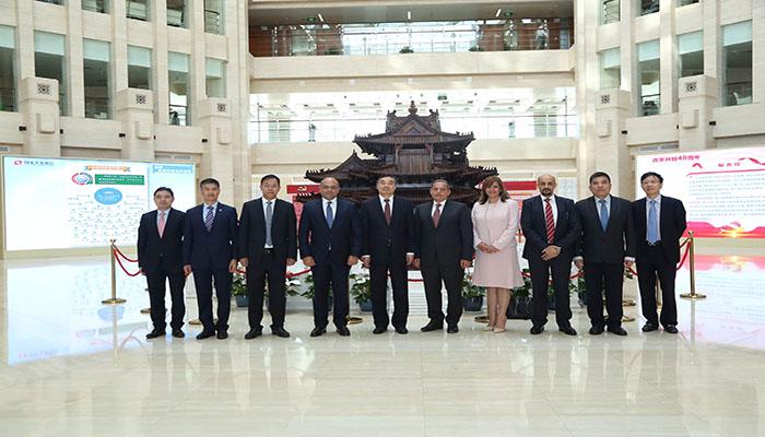 توقيع عقد قرض بين البنك الأهلي المصري وبنك التنمية الصيني ب 600 مليون دولار أمريكي