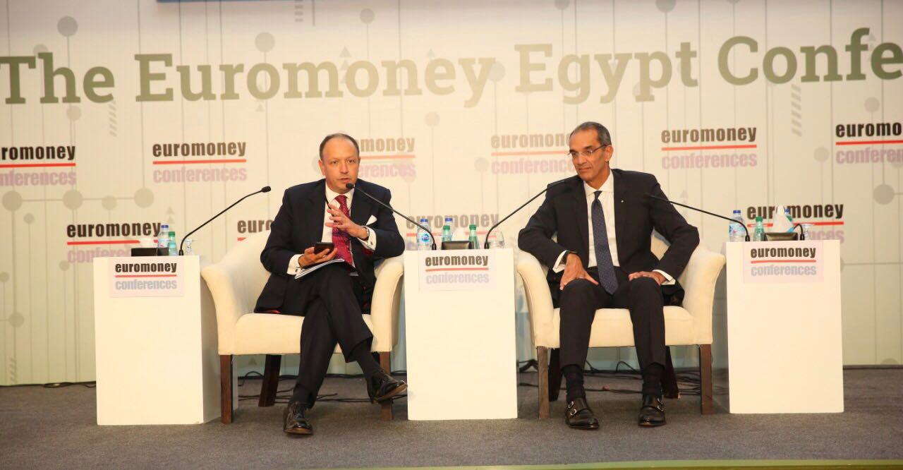 وزير الاتصالات يستعرض المزايا التنافسية لصناعة الاتصالات وتكنولوجيا المعلومات في مصر