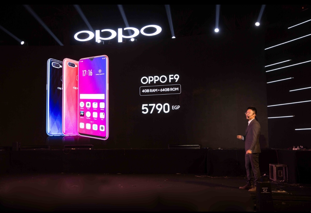 OPPO تطرح هاتف   F9الجديد كلياً بتقنية الشحن السريع VOOC Flash Charge وبألوان متدرجة مستوحاة من الطبيعة