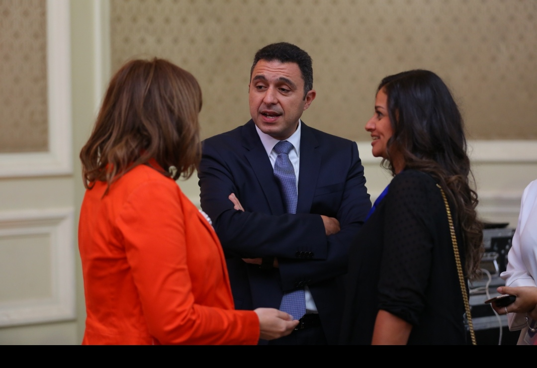 رانيا المشاط وزيرة السياحة تؤكد اهتمام  الحكومة  بقطاع السياحة باعتباره احد دعائم الاقتصاد القومي.