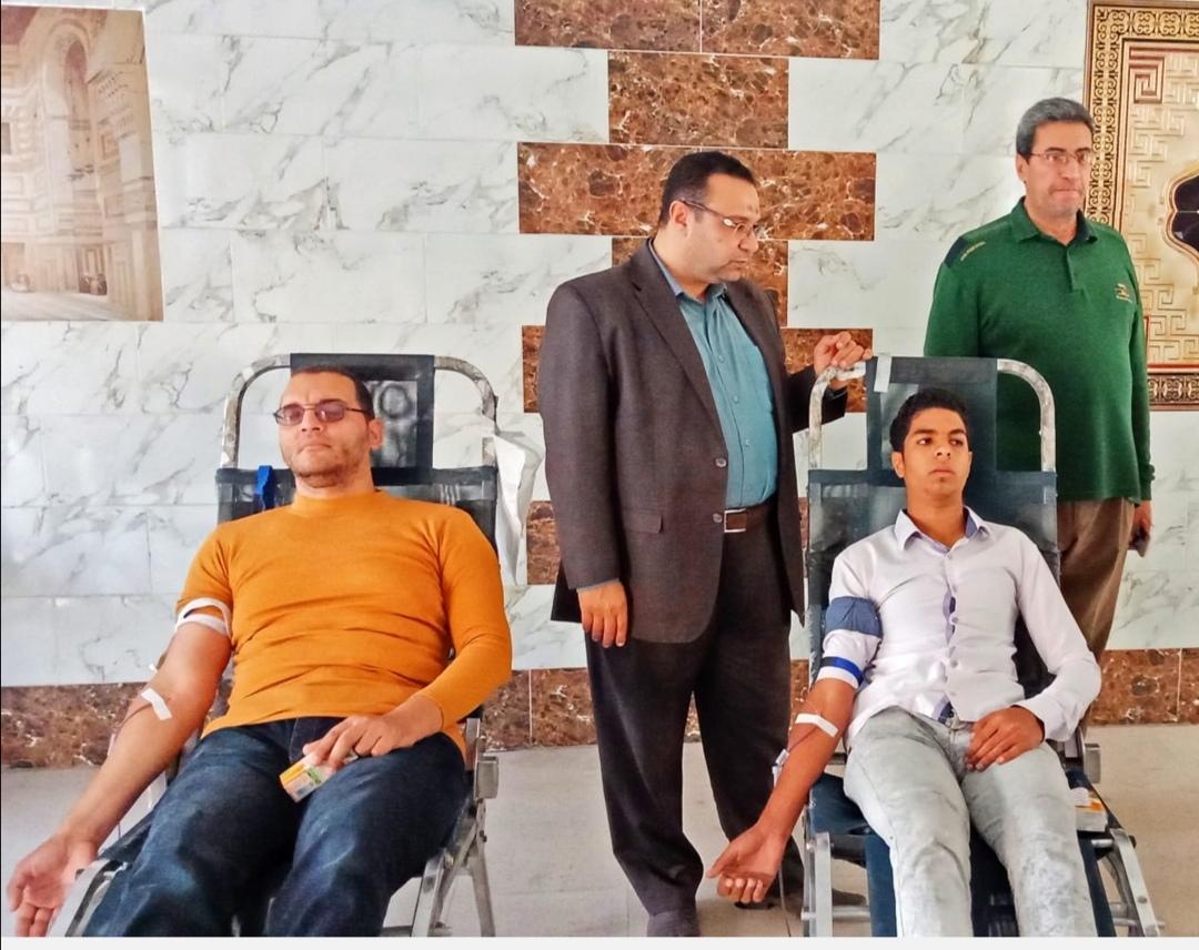 حملة للتبرع بالدم بكلية اصول الدين والدعوة بالزقازيق تحت شعار