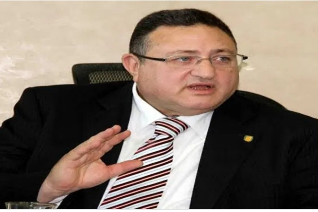 مدحت قمر رئيسا للبنك العقاري المصري