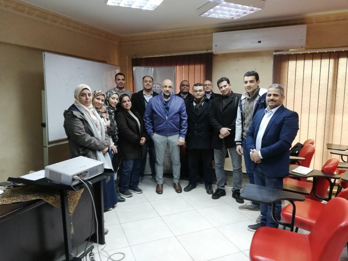 شعبة المحررين الاقتصاديين تنظم ورشة عمل مع الجمعية المصرية للمحللين الفنيين