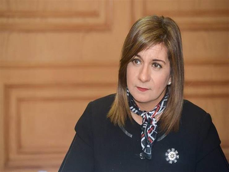 وزيرة الهجرة تكشف حقيقة ملكية زوج شقيقتها لفنادق العزل الصحي بمرسى علم