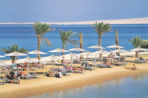 السياحة تعود في البحر الاحمر