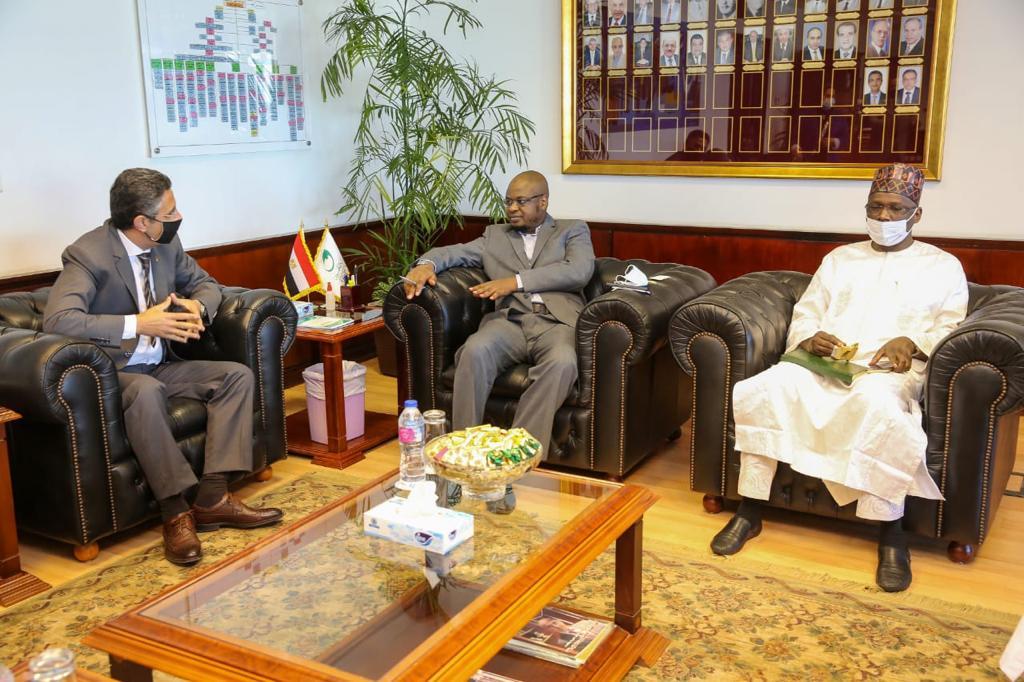 رئيس البريد المصري يستقبل وزير الاتصالات والاقتصاد الرقمي النيجيري