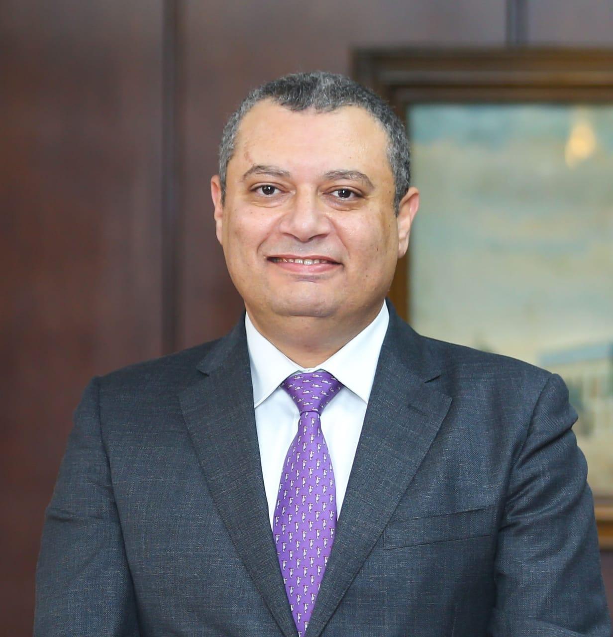 البنك العقاري المصري العربي  يدرب موظفيه على خدمة العملاء أصحاب الهمم