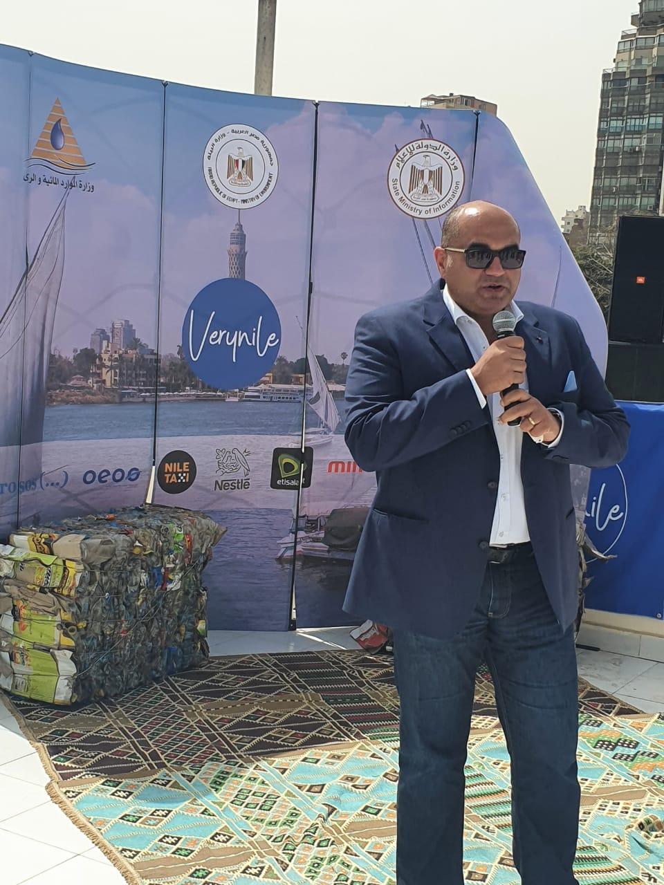 *«اتصالات مصر» تشارك في مبادرة «Very Happy Nile» لتطوير البيئة وتنظيم قوافل طبية بجزيرة «القرصاية» بالجيزة*