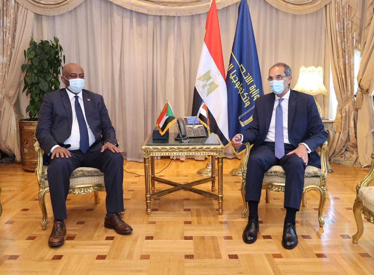د/ عمرو طلعت  يستقبل نظيره السودانى لتعزيز التعاون بين البلدين في مجال الاتصالات وتكنولوجيا المعلومات