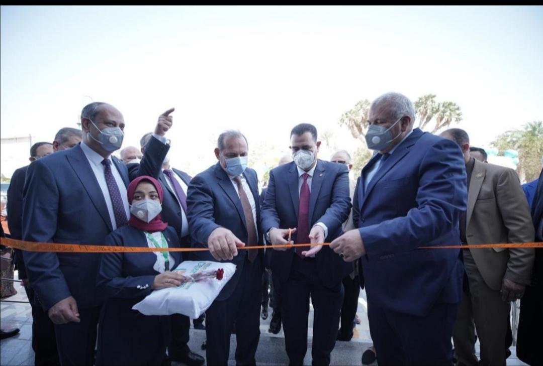 لتصل شبكة فروعه الى 560 فرعا  البنك الأهلي المصري يفتتح فرعا جديدا بمدينة الداخلة