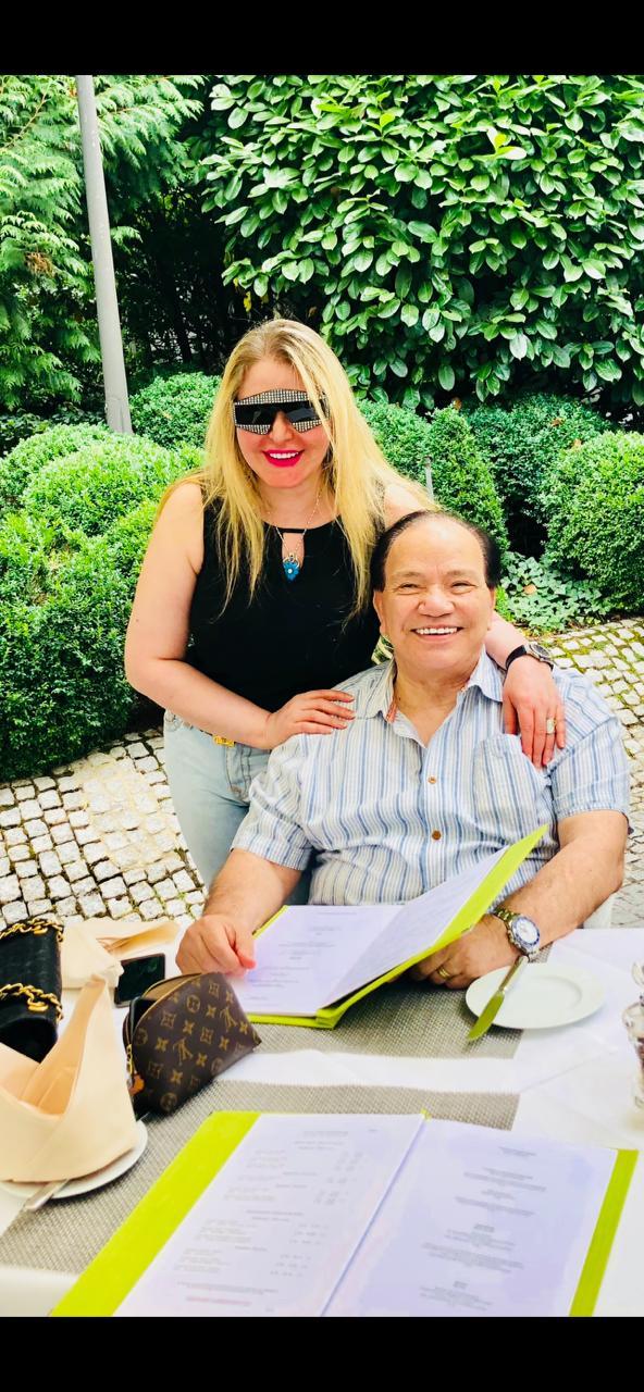 شاه شاكر و الدكتور صديق عفيفى الكابل الأشهر في عالم الأعمال